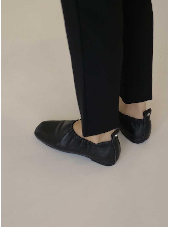 신발 상품 이미지-S2L7