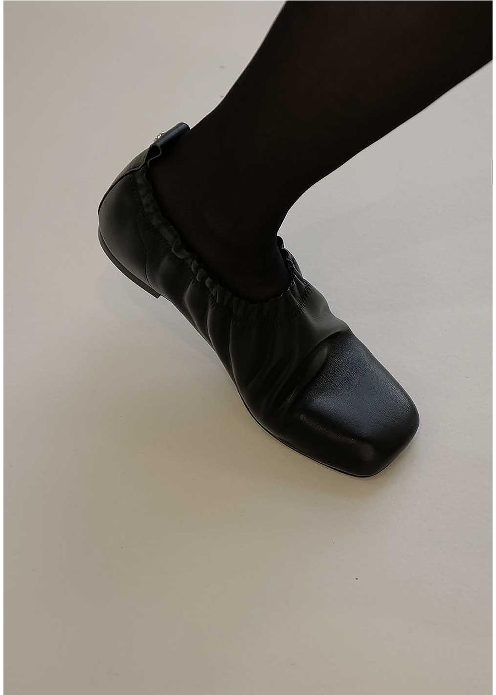 신발 상품 이미지-S2L11