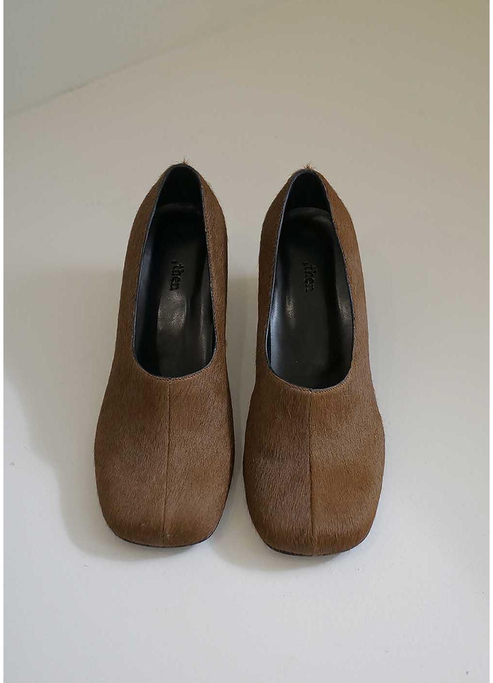 신발 크림 색상 이미지-S3L14
