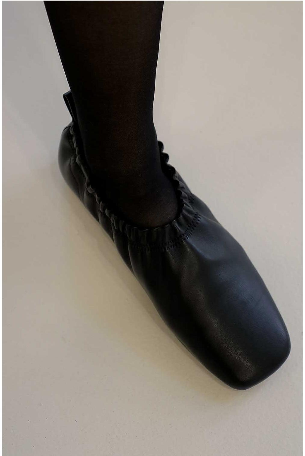 신발 상품 이미지-S2L10